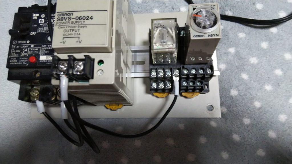 N24(-)からR1⑨へ接続の写真