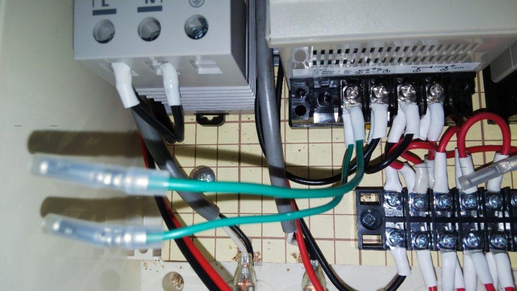 緑2本接続の写真