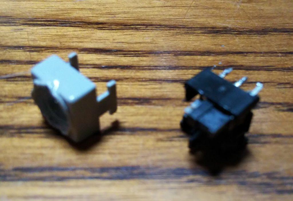 スイッチ部分解の様子の写真