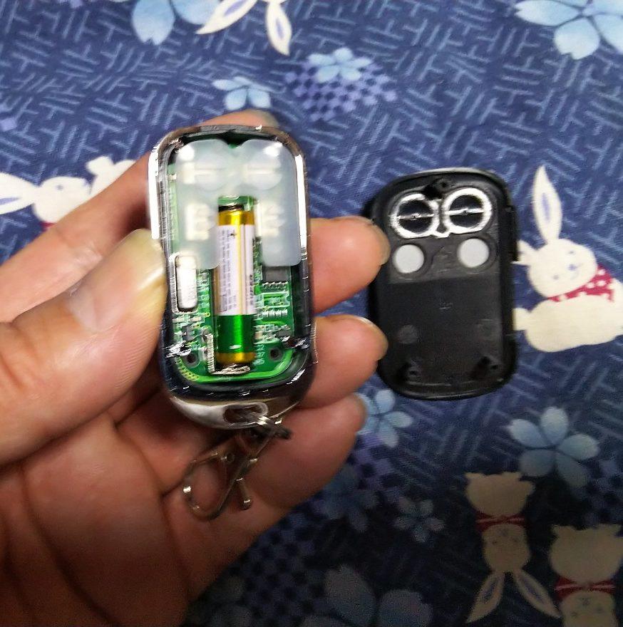 リモコン電池の写真