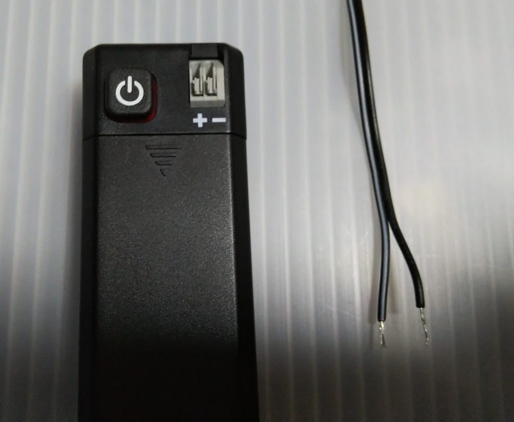 電池ボックス&コードの写真